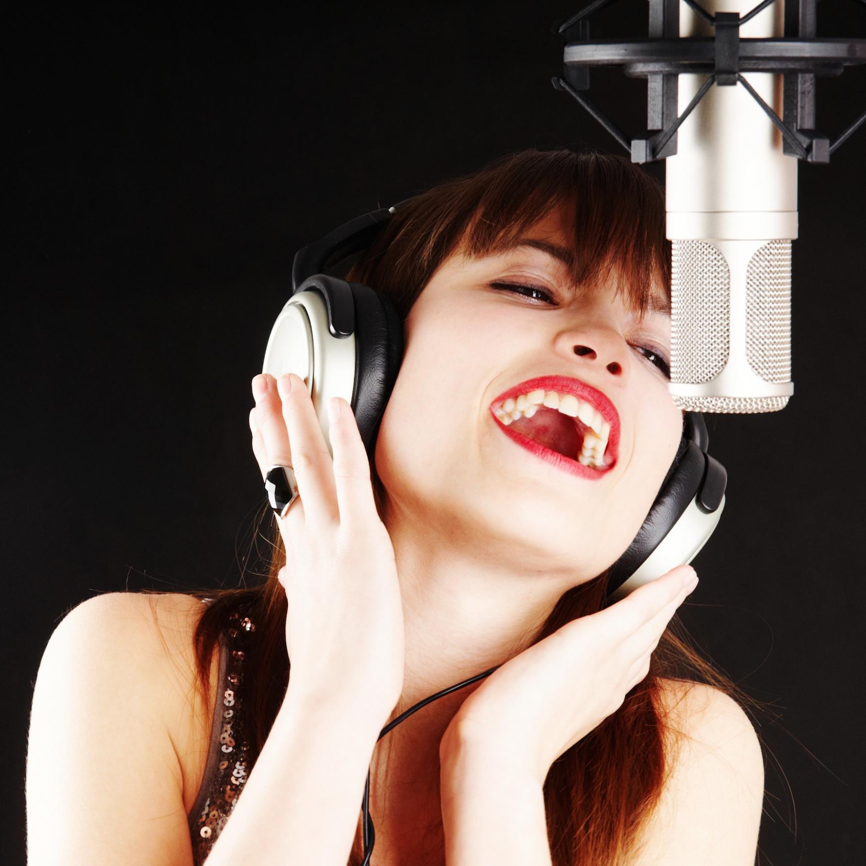 2hr Vocalist Gift Experience