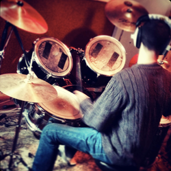 Darkhorse Live Room 1
