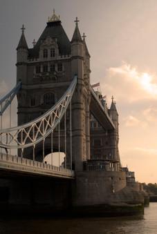 tower bridge3.jpg