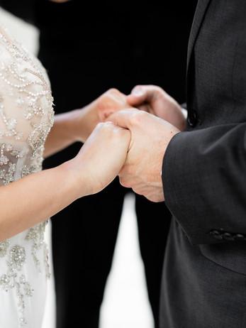 elopement-wedding-photography-dc-war-memorial-photography-deannadidthat.com-16.jpg