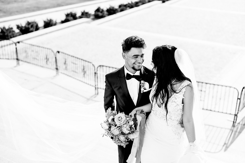 Wedding photography at the Lincoln Memorial in Washington, DC