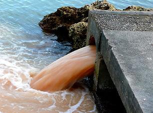 Acqua inquinata