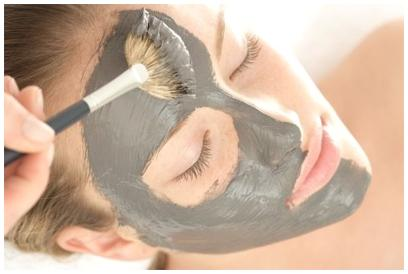Facial Mask with Cambrian Blue clay4.jpg