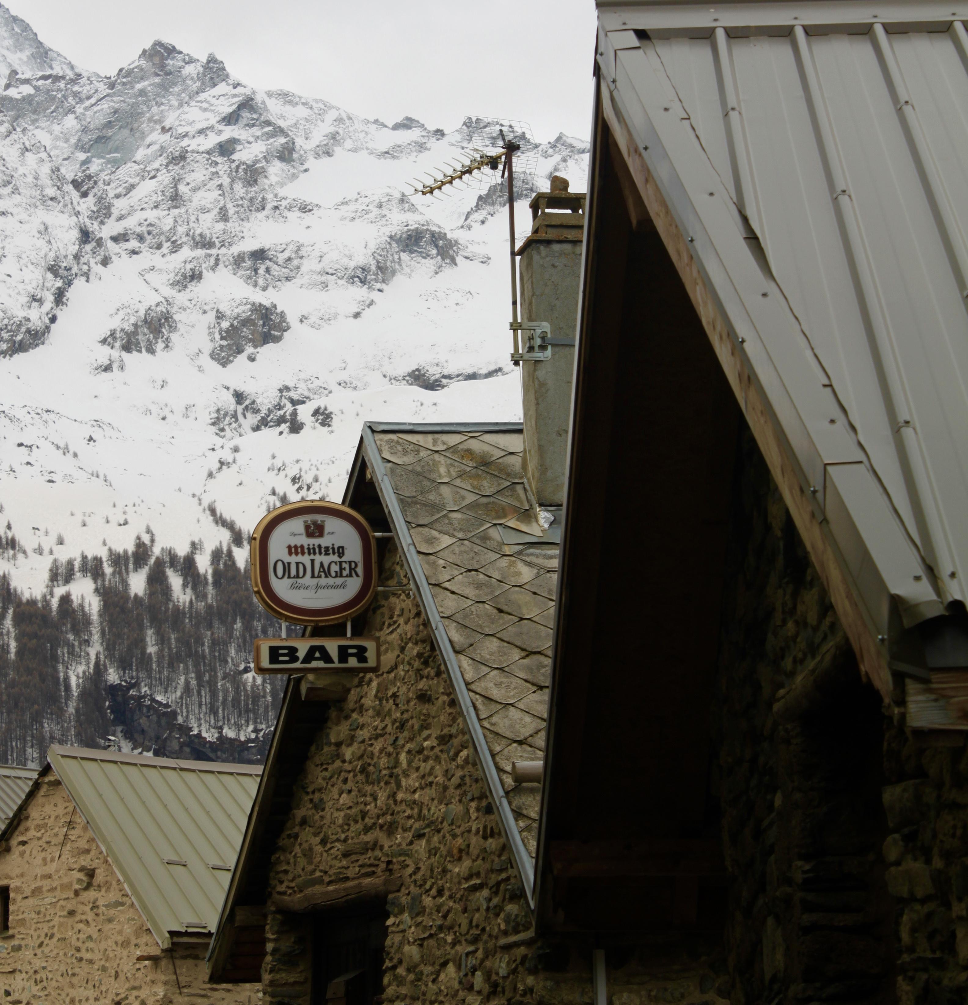 Chazelet Village