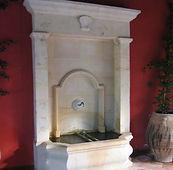 Fontaines et Puits anciens e pnierre - Provence Var Draguignan