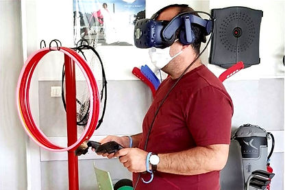 Patient en rééducation avec la thérapie virtuelle KineQuantum
