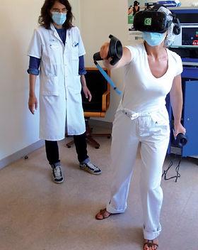 Réalité virtuelle moins douleur hopital KineQuantum
