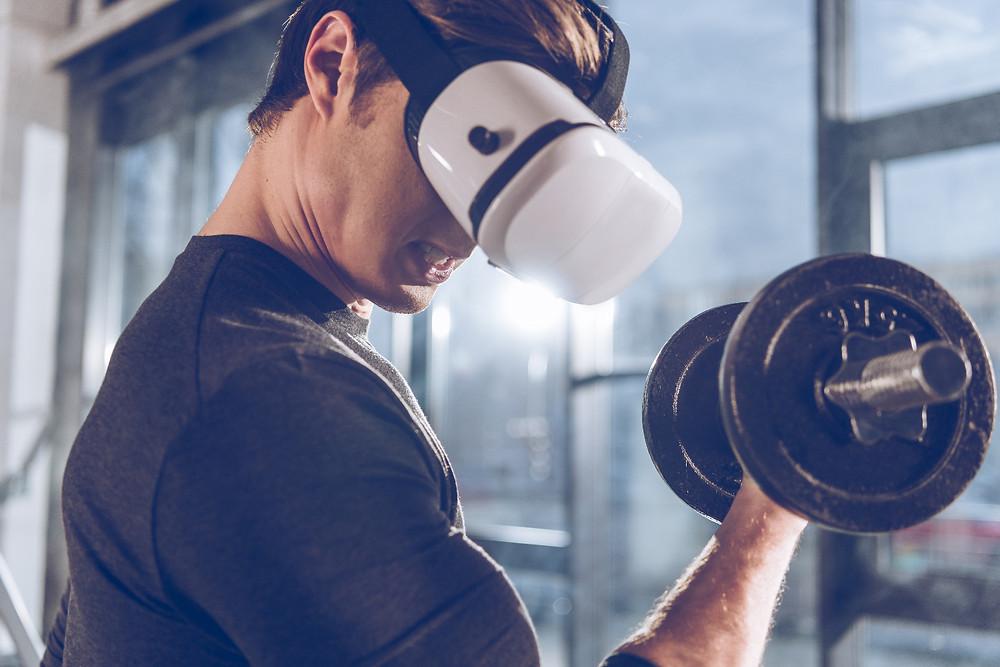 Soulever des poids en réalité virtuelle