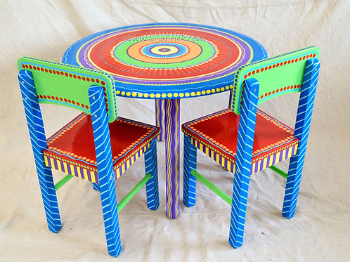 Child's Round Table and Chairs