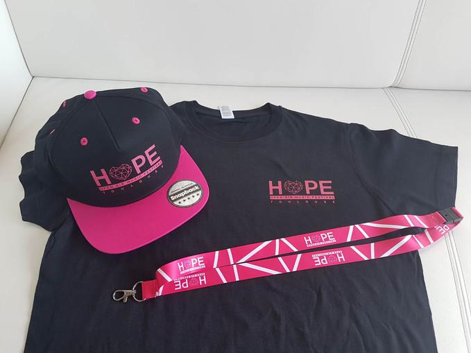 Casquette, t-shirt, tour de cou pour le Festival Hope à Toulouse