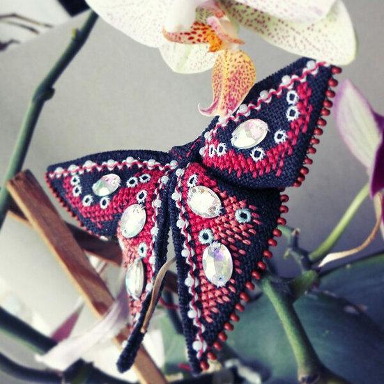 Бабочка-оригами.