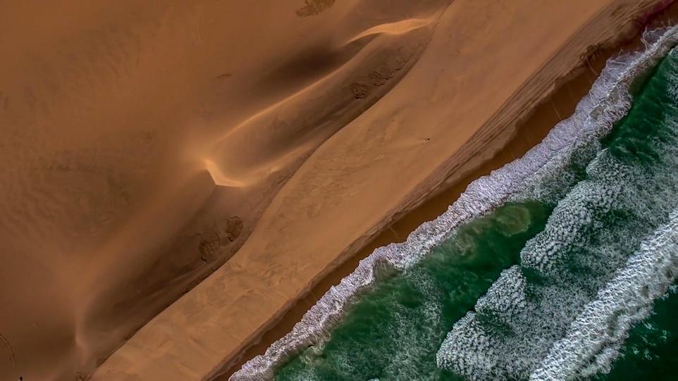 Dune & sea 1.jpg