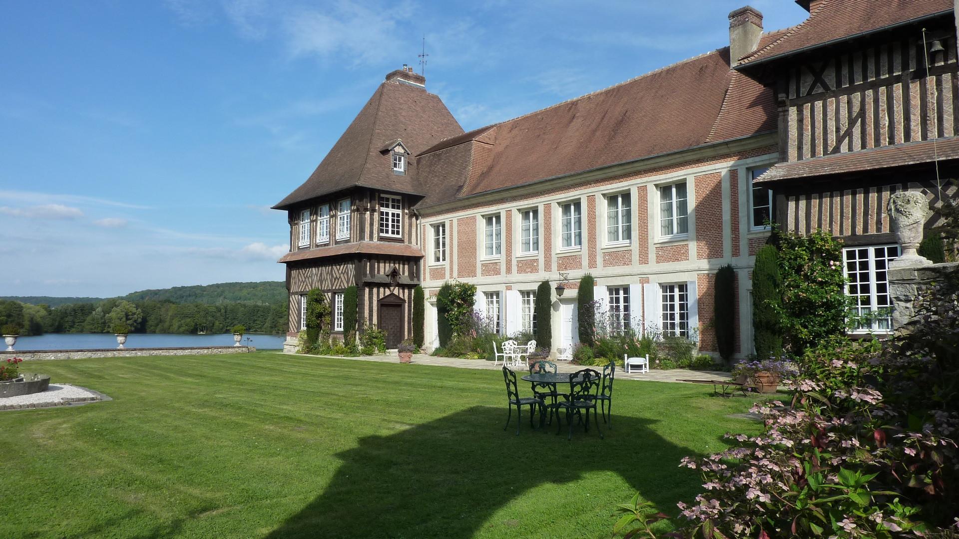château_du_Breuil_extérieur_6.JPG
