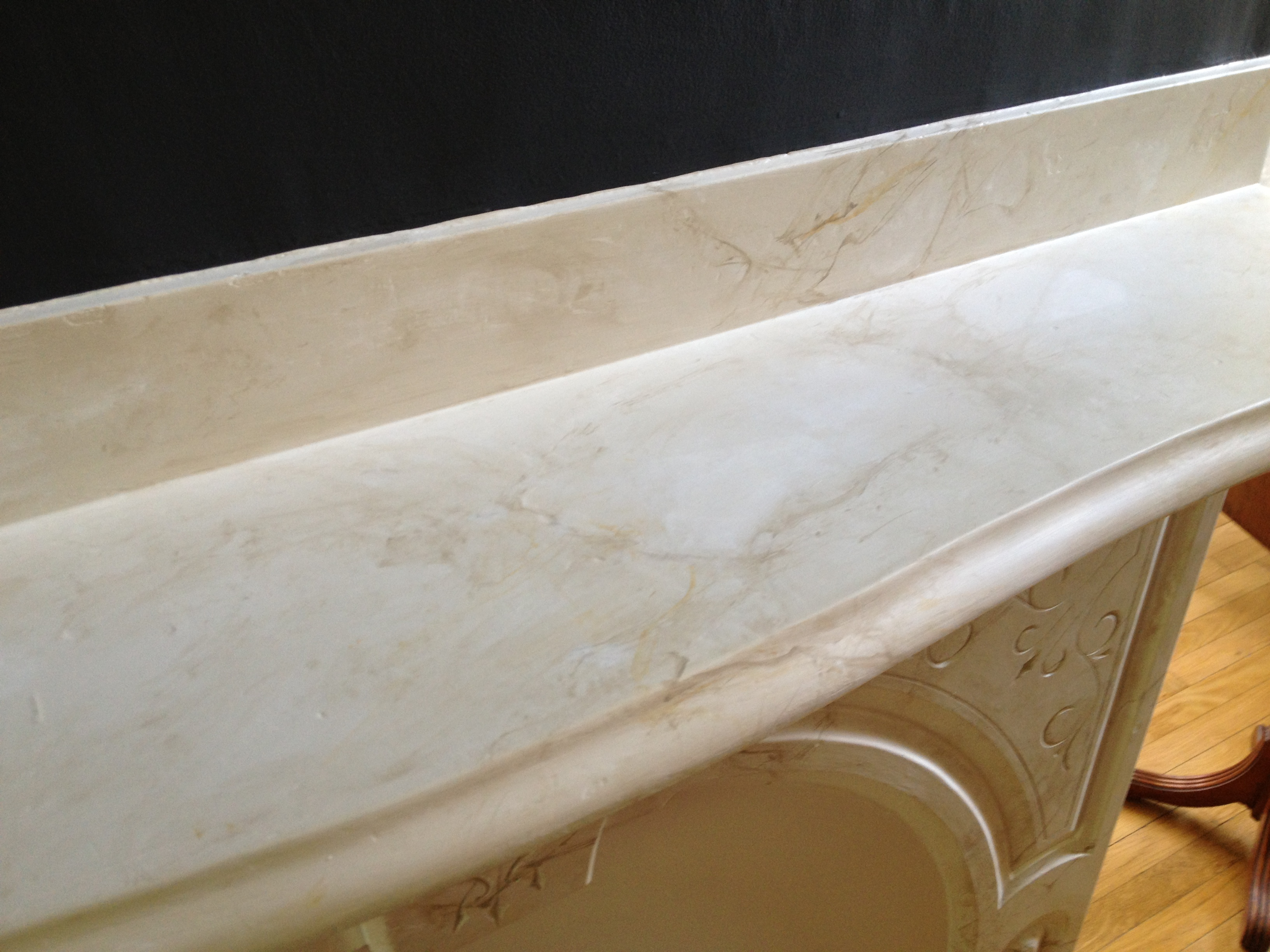 'Calcutta Gold Marble' Faux