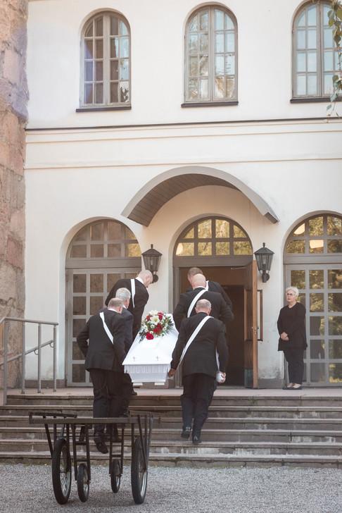 orimattilan kirkko, hautajaiset orimattilan kirkko, orimattila hautajaiset, hautajaisten valokuvaus