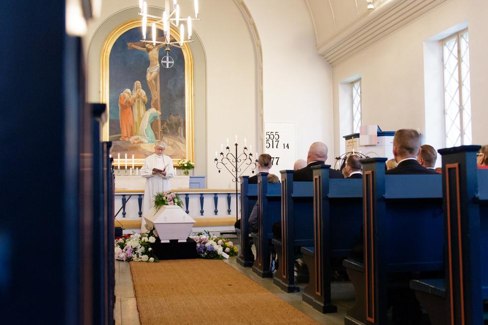 kuivannon kirkko, kuivannon kirkko hautajaiset, hautajaiskuvaus orimattila, hautajaisten valokuvaus päijät-häme