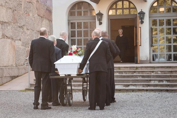 Lempi hautajaiset-3.jpg
