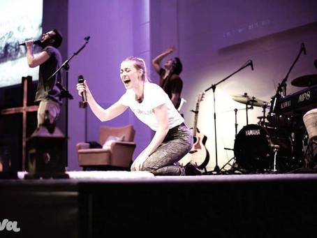 Poetry: Wenn Gott in unserer Anbetung nicht dabei ist