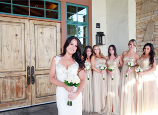 Why hire a Professional Makeup Artist for your Wedding!