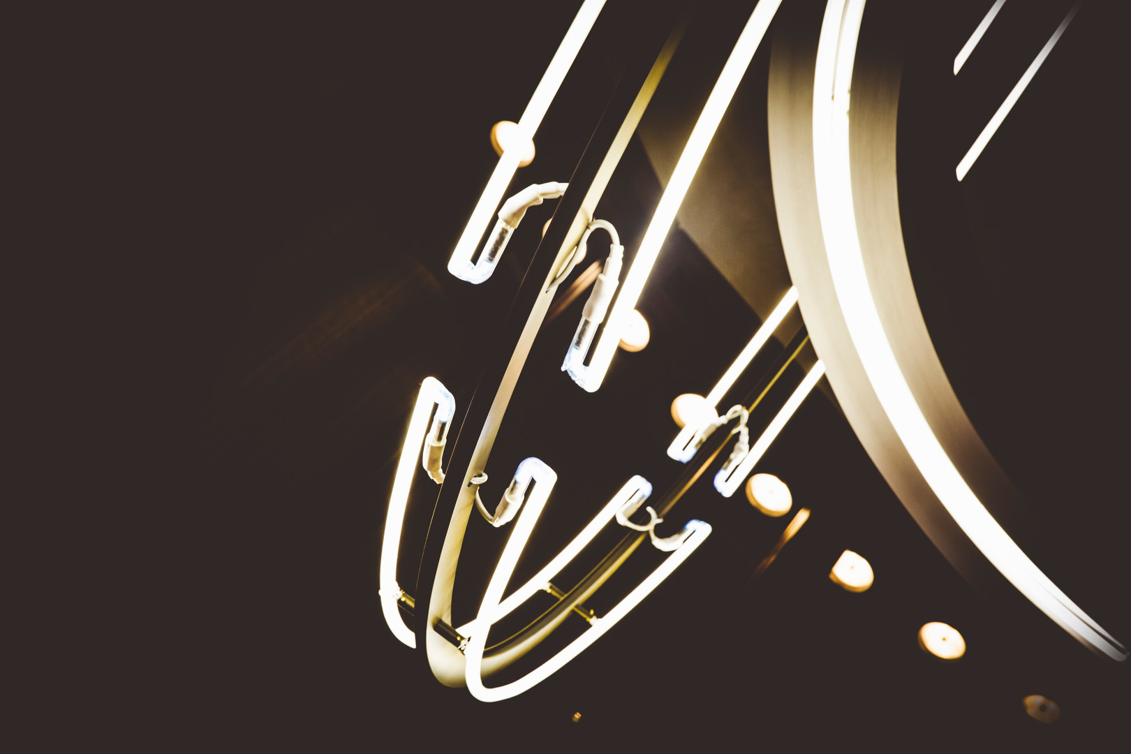 Divino Lamp