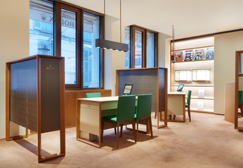 Boutique Rolex, Milan