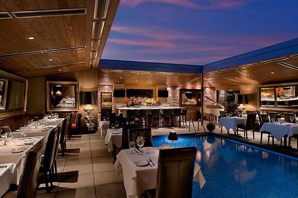 Dominicks-steakhouse-pool-side-dining[1]