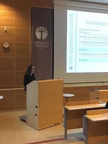 Vicedirektør for Bispebjerg og Frederiksberg Hospital, Kirsten Wisborg byder velkommen.