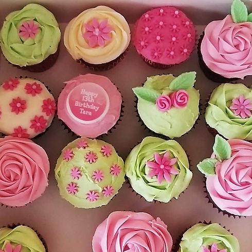 Dee's Bakery House flower cupcakes.jpg