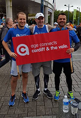 Group of Age Connects runners fo Cardiff Half Marathon '17