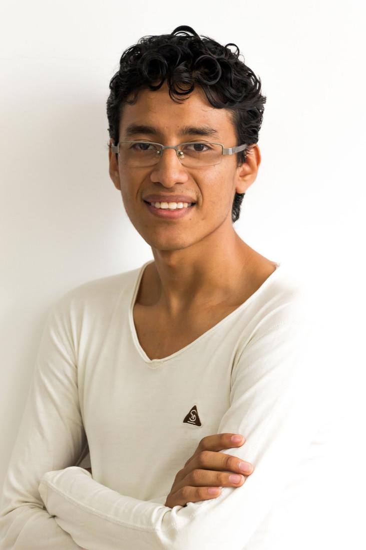Joven ecuatoriano co-autor de una investigación publicada a nivel internacional