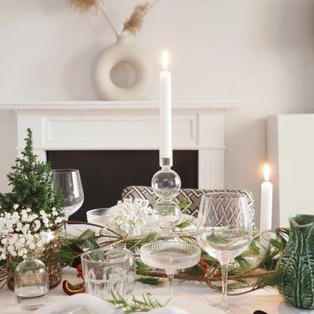 AT HOME | CHRISTMAS HOSTING