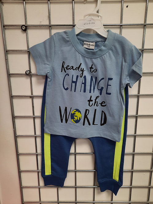 Boys T-Shirt & jog bottoms