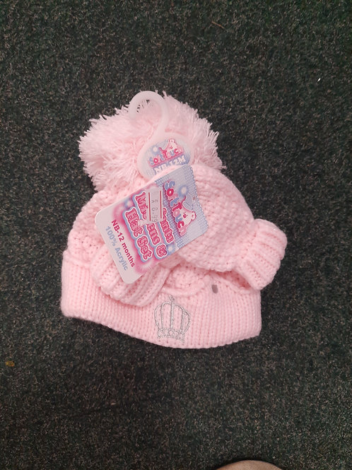 Pink knitted hat & gloves