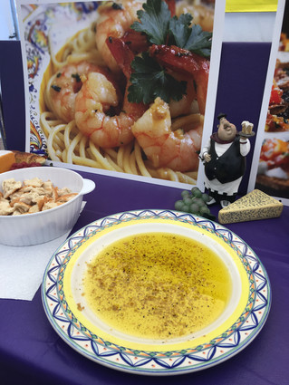 The Great Gaaah-lic Dipper Serve up some shrimp scampi at your next dinner party... it's so easy to