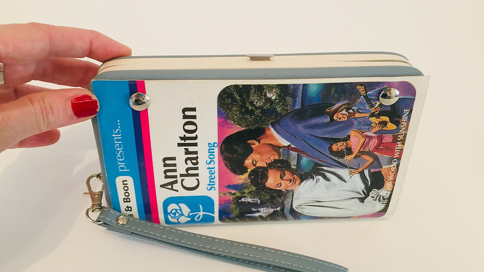 Mills and Boon Retro Book purse!