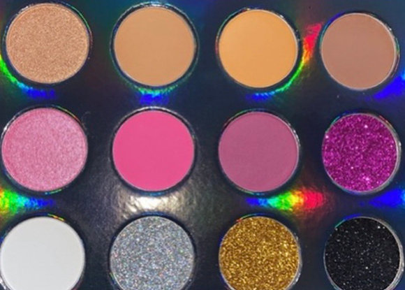 """""""Love Me,Love Me Not"""" Eyeshadow Palette(12 Colors)"""