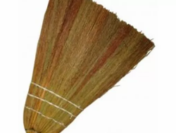 VASSOURA PALHA (M) GM299