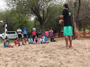Beach básquet y caminata saludable en la Isla 58