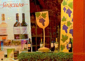Dos vidrieras y dos vecinas premiadas por los concursos de la Vendimia