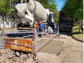 Reparación de pavimento en distintos sectores de Regina