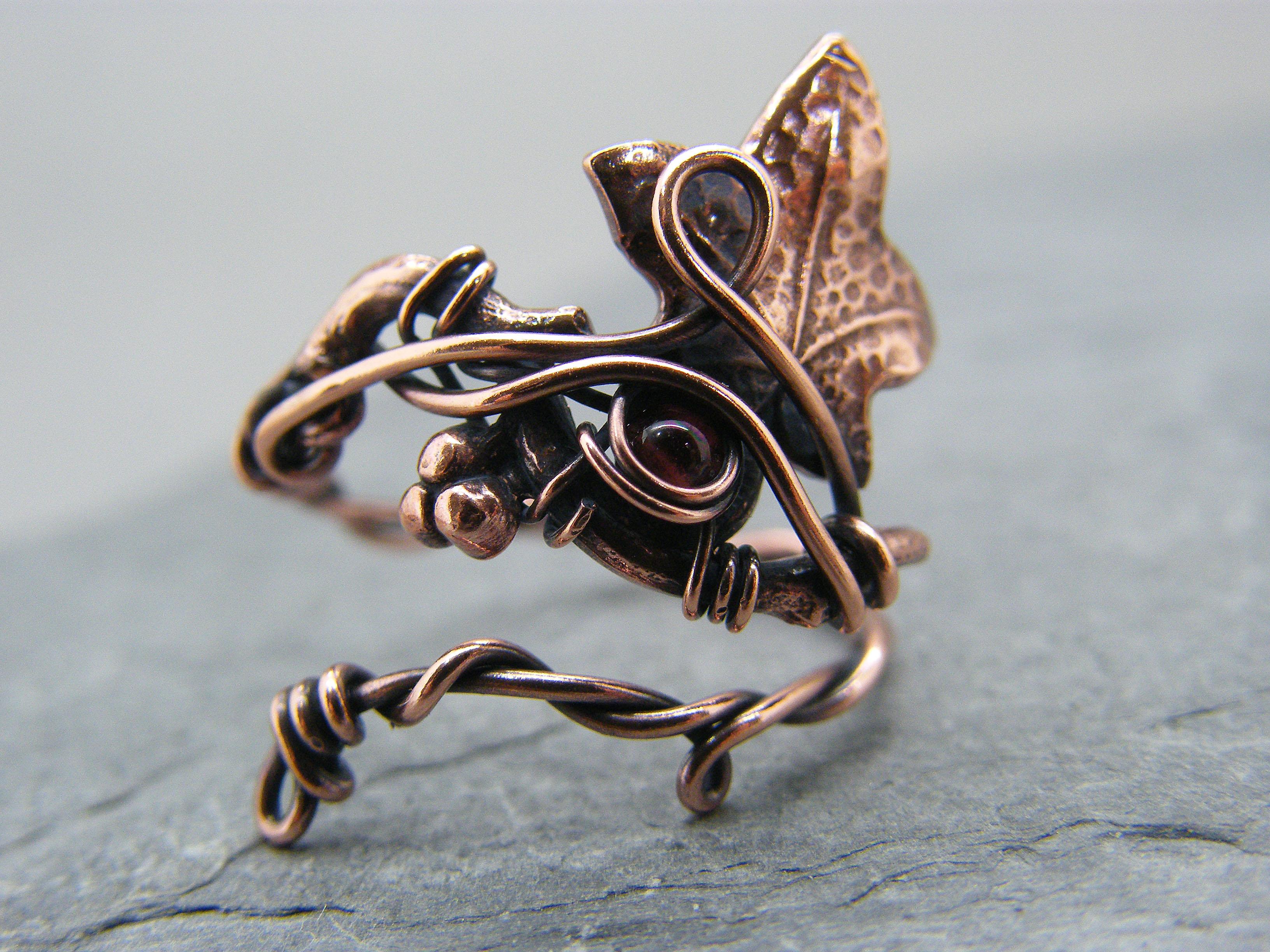 Leaf ring, Garnet ring, Garnet leaf ring