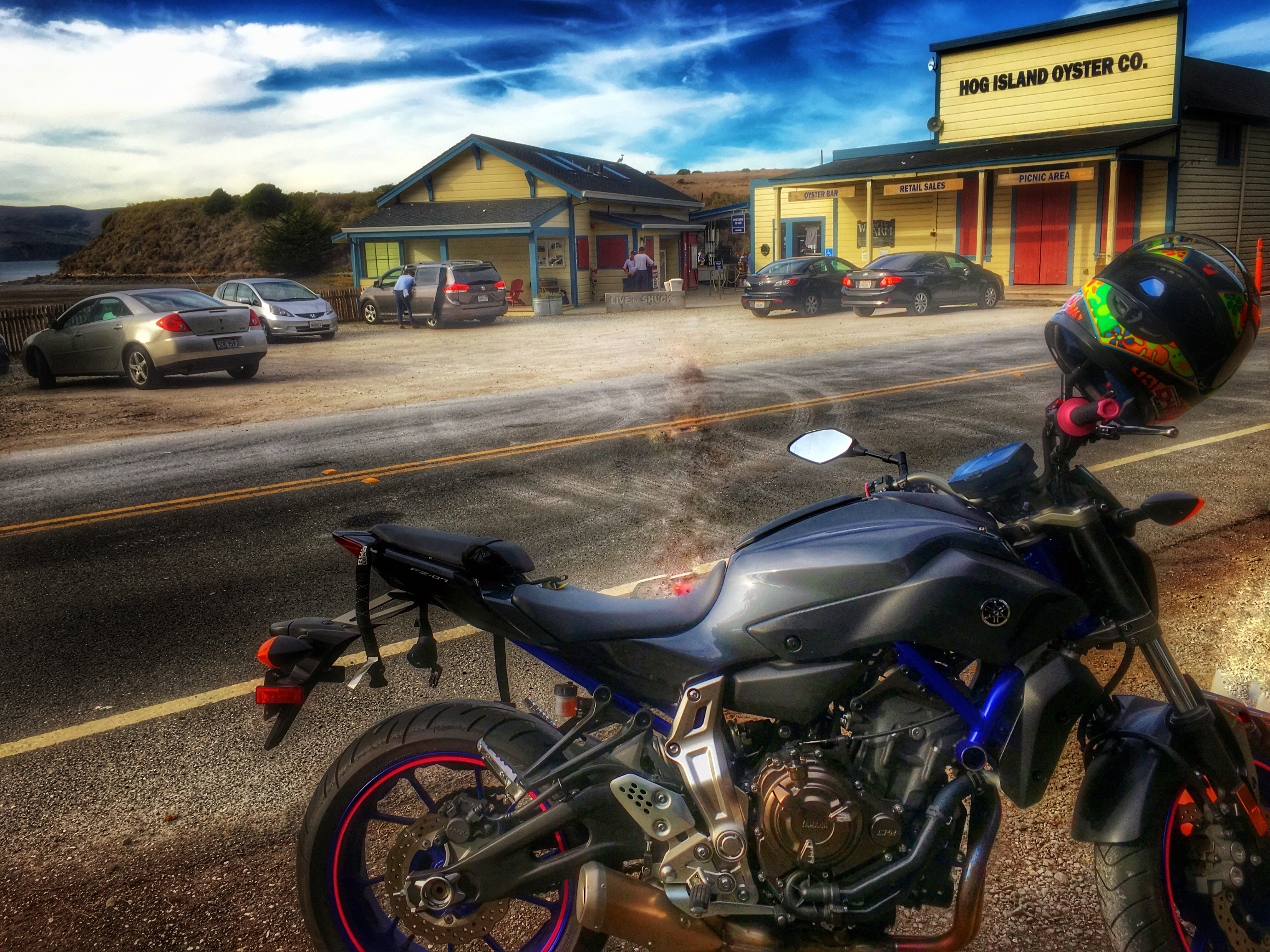 Kim's Yamaha FZ-07 at the coast
