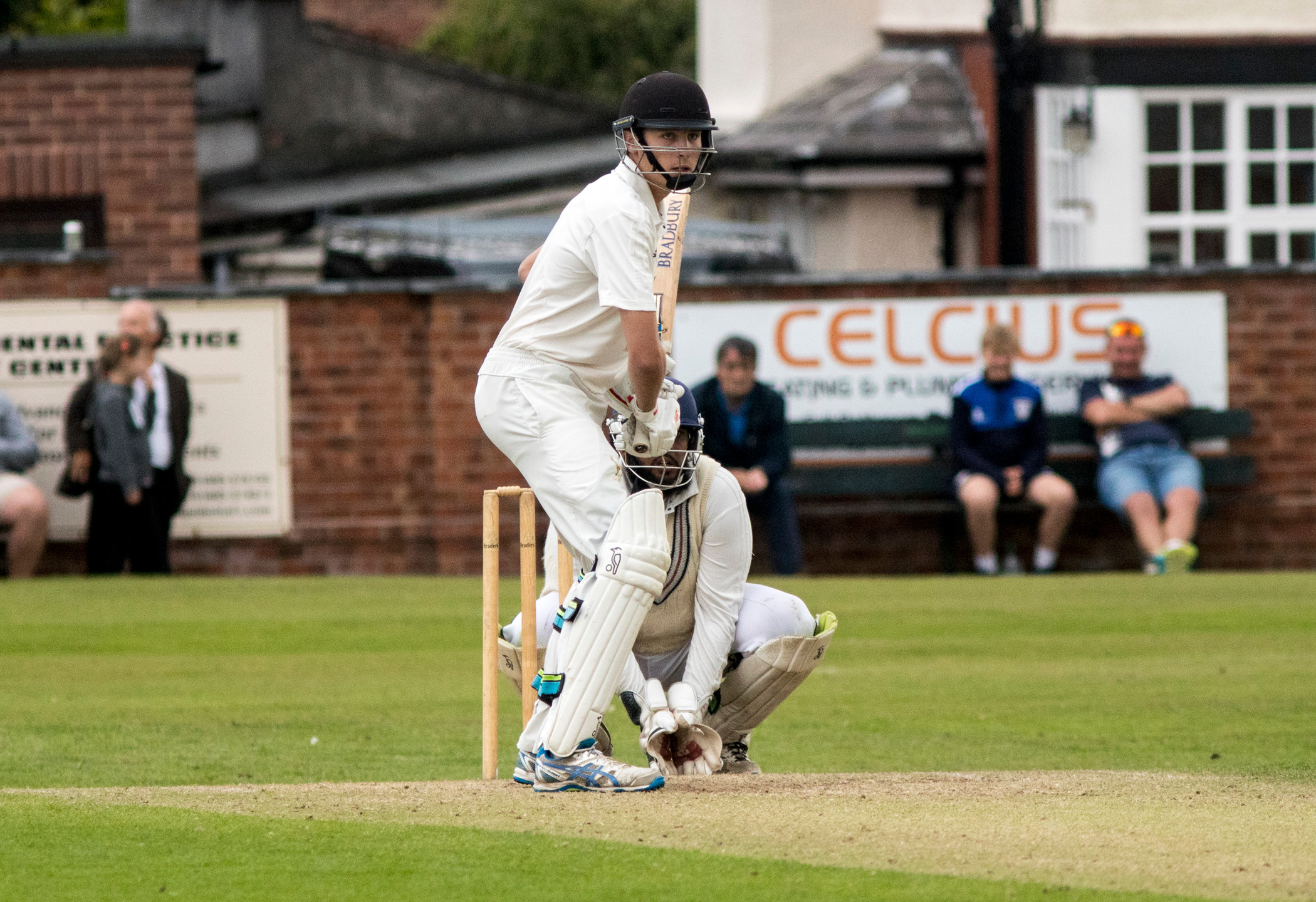 Tom Hartley batting
