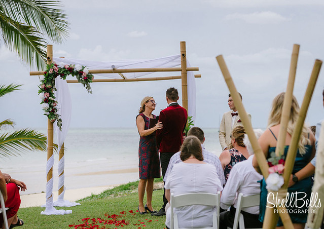 Kelly & Shaun at Tangalooma Resort