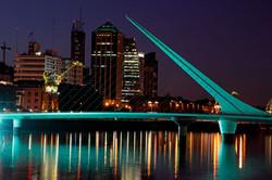 Puente-de-la-Mujer-en-Buenos-Aires