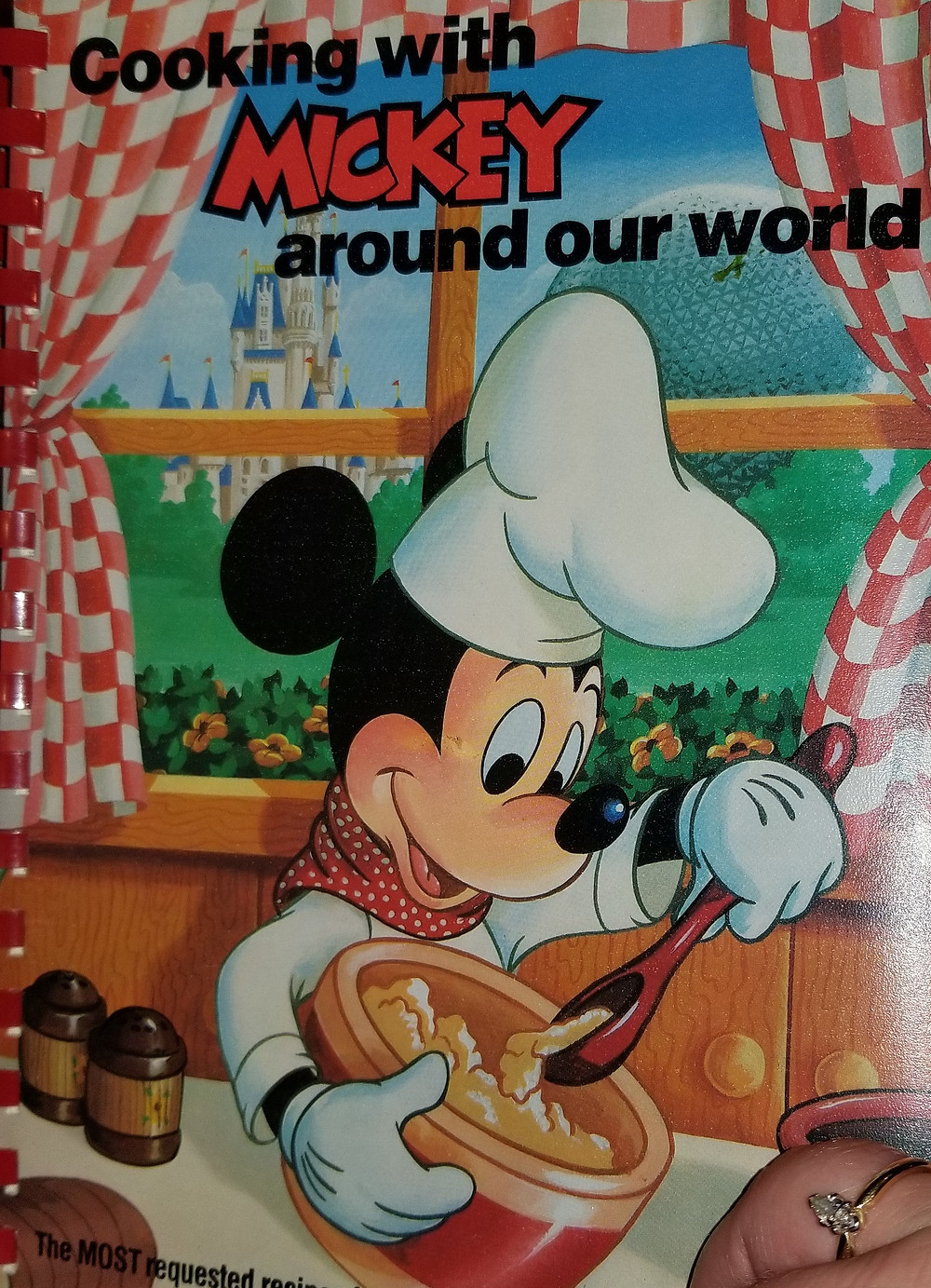 "Cover of the cookbook ""Cooking with MICKEY around our world"""
