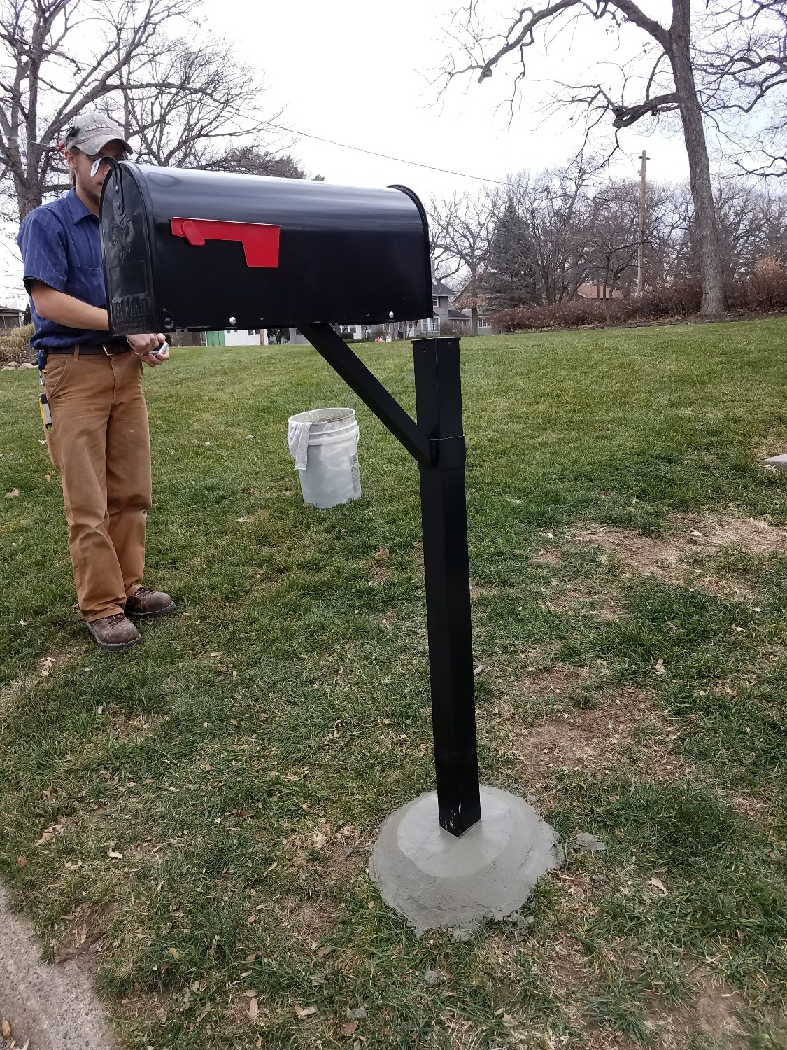 Quick mailbox post replacement