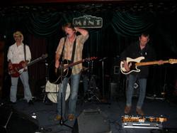 John Eddie at The Mint 6/09