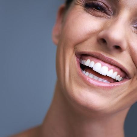 Отбеливание зубов. Что выбрать?