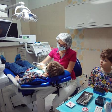 Спаси свой зуб! Что нужно делать, если зуб сломался или его выбили?